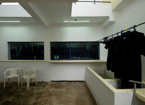 The gear washing area of Blue Magic Scuba.